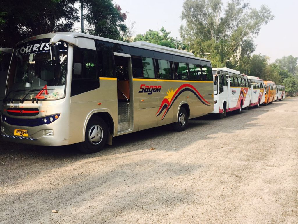 AC bus on hire in Noida, Gurgaon, Delhi