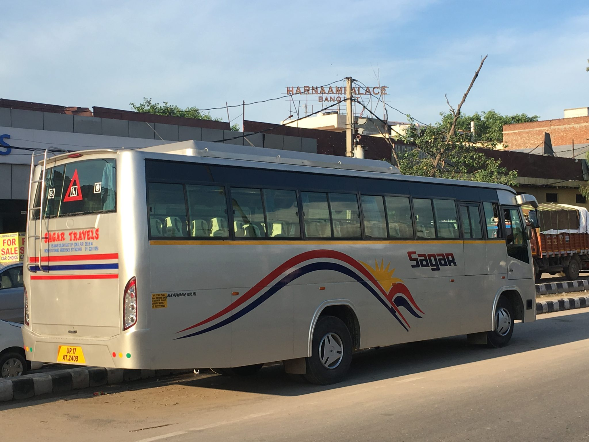 bus on hire in delhi, noida, Ghaziabad, bus on rent in delhi