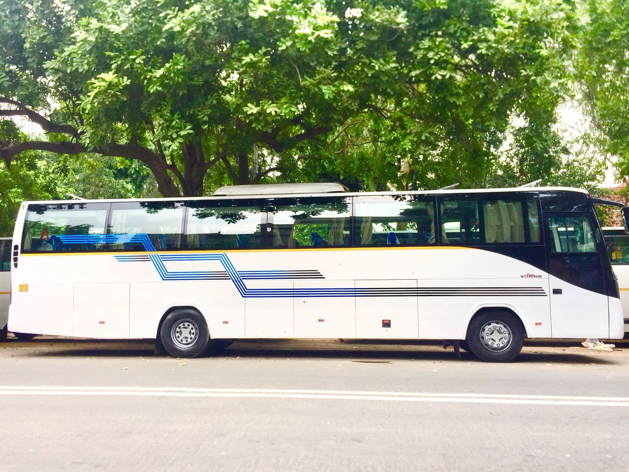 Bus hire in delhi, bus on rent delhi
