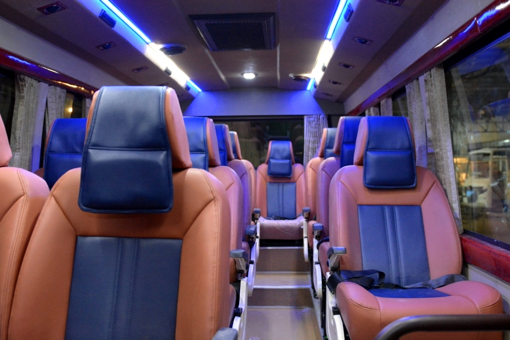 Coach Rental in New Delhi india