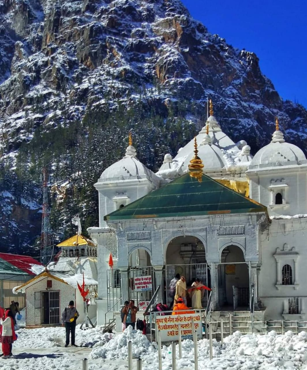 Bus hire for Char Dham, Mini bus on hire from delhi to Char dham
